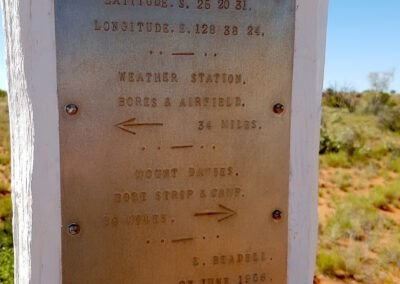 One of many Len Beadeall´s famous markers on the Gunbarrel Highway