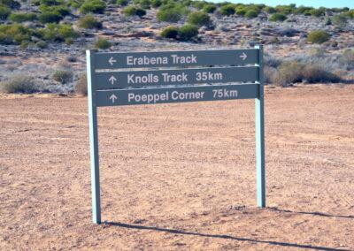 Crossroads on the Simpson Desert French Line